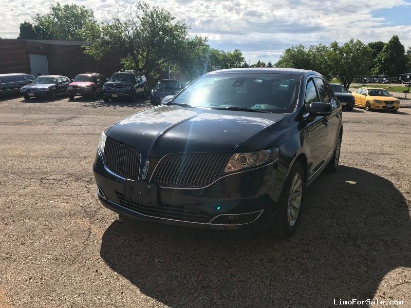 Used 2014 Lincoln MKT Sedan Limo  - Winona, Minnesota - $6,750