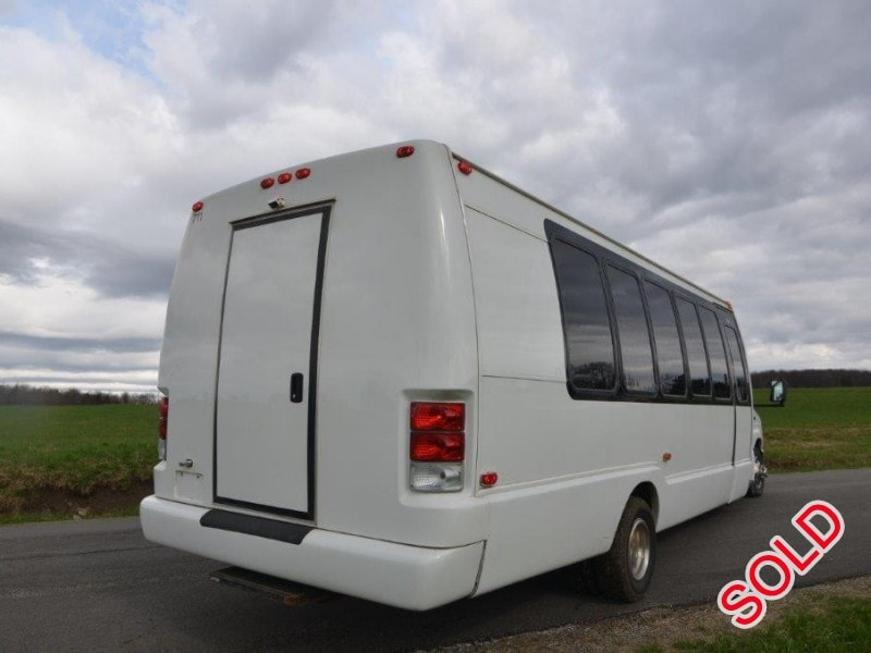 Used 2011 Ford Mini Bus Limo Krystal - North East, Pennsylvania - $49,900