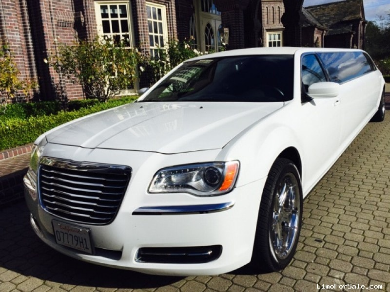 Used 2012 Chrysler 300 Sedan Stretch Limo Specialty Conversions - Pinole, California - $35,000