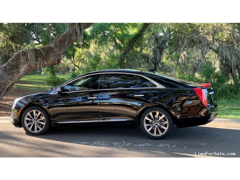 Used 2016 Cadillac Sedan Limo  - Charleston, South Carolina    - $26,998