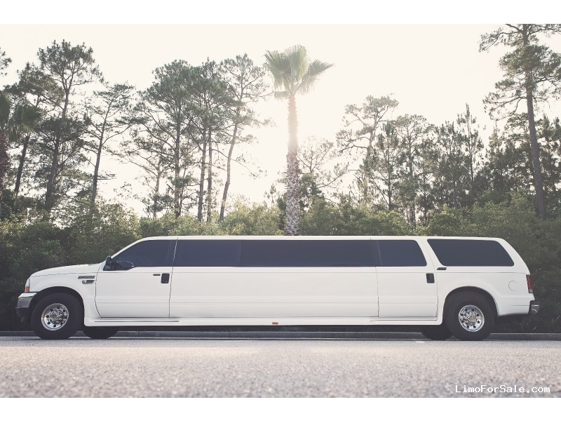 Used 2003 Ford SUV Stretch Limo  - Elberta, Alabama - $10,000
