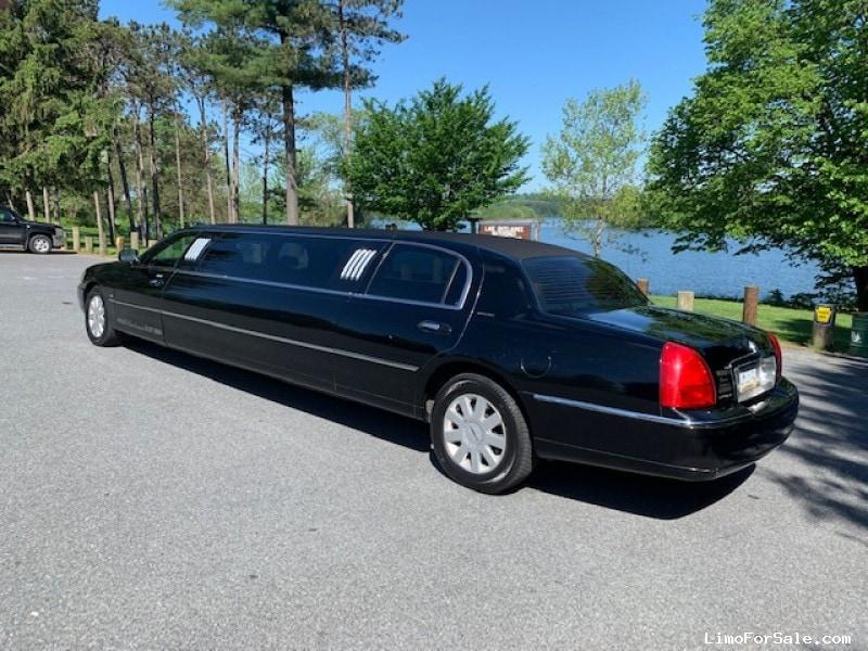 Used 2006 Lincoln Town Car Sedan Stretch Limo Royale - Leesport, Pennsylvania - $6,900