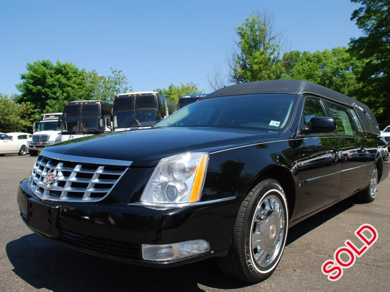 Used 2010 Cadillac DTS Funeral Hearse Superior Coaches - Commack, New York    - $25,000