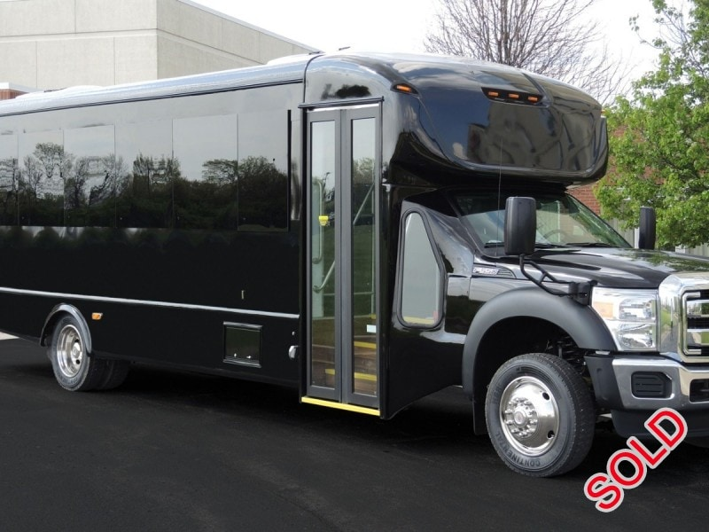 New 2015 Ford F-550 Mini Bus Shuttle / Tour Starcraft Bus - Kankakee, Illinois - $95,650