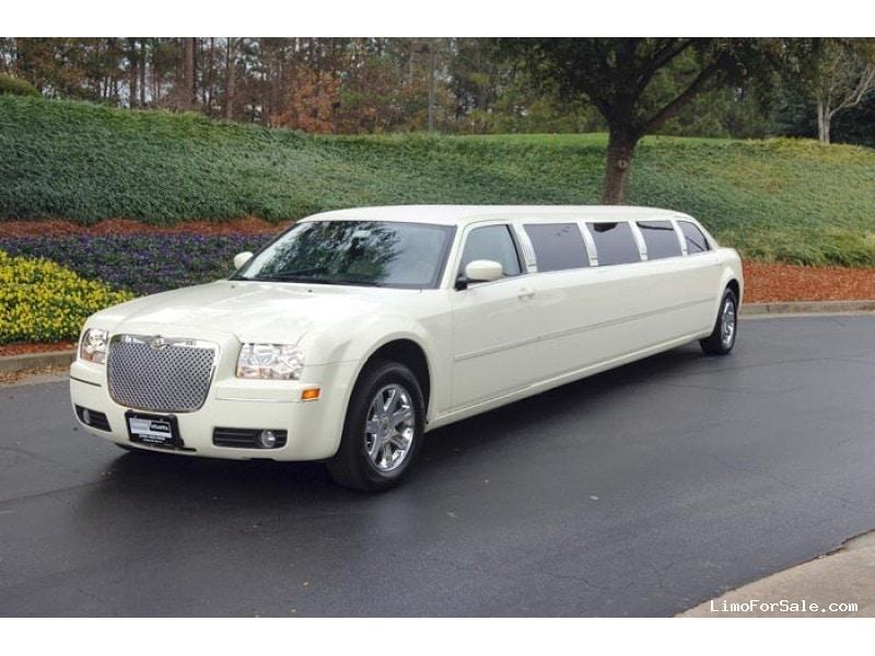 used 2005 chrysler 300 sedan stretch limo california coach santa barbara california 18 000. Black Bedroom Furniture Sets. Home Design Ideas