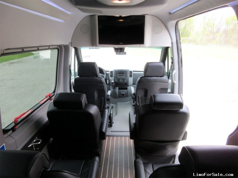 Used 2015 mercedes benz sprinter van limo hq custom design for Mercedes benz sprinter towing capacity
