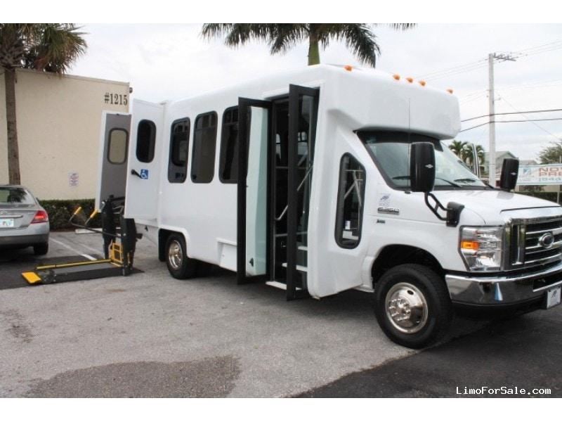 New 2016 Ford E-450 Mini Bus Shuttle / Tour Diamond Coach - Pompano Beach, Florida