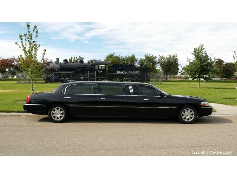used 2010 lincoln town car l sedan stretch limo krystal boise idaho 14 900 limo for sale. Black Bedroom Furniture Sets. Home Design Ideas