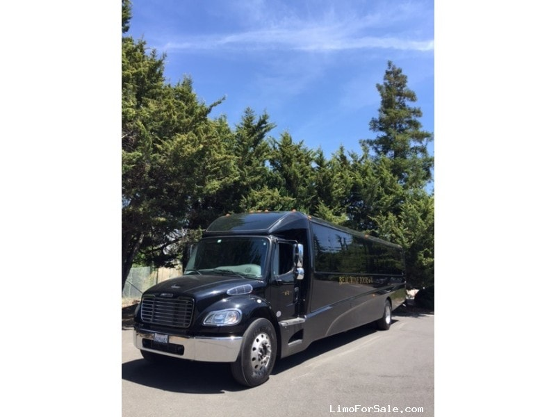 Used 2015 Freightliner M2 Mini Bus Limo Grech Motors - sonoma, California - $140,000