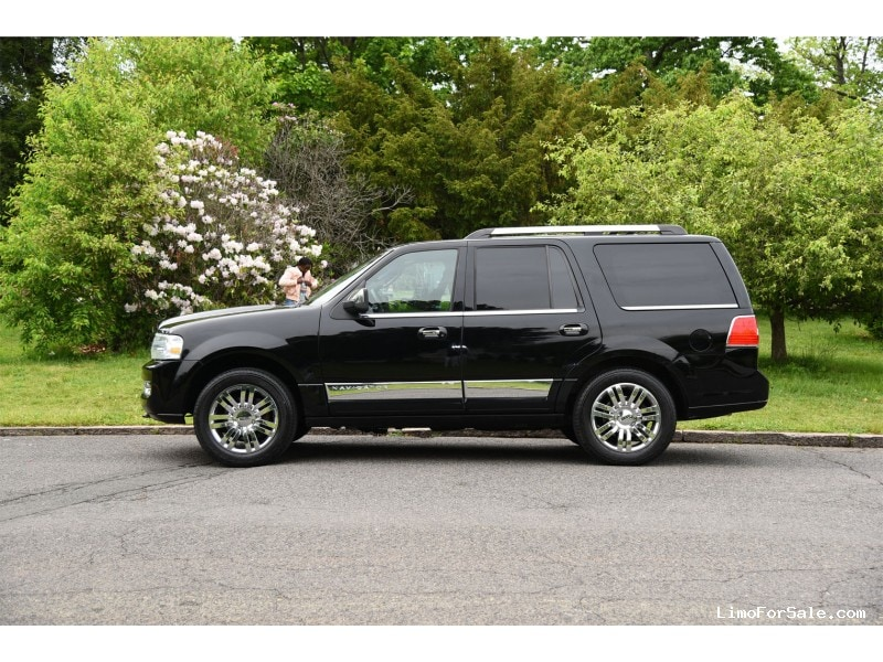used 2009 lincoln navigator suv limo paterson new. Black Bedroom Furniture Sets. Home Design Ideas