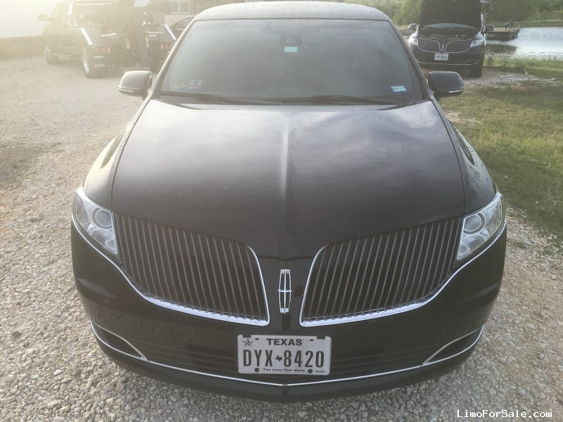 New 2014 Lincoln MKT Sedan Stretch Limo LCW - Niederwald, Texas - $74,000