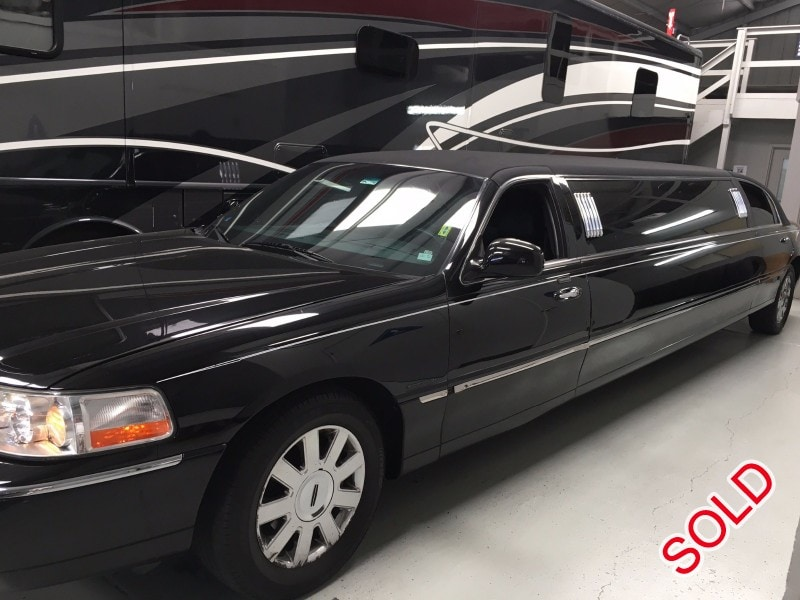 Used 2005 Lincoln Town Car Sedan Stretch Limo Krystal   Santa Clara,  California   $8,000