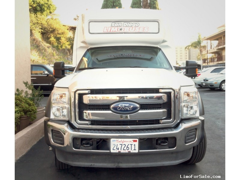 Used 2014 Ford F-550 Mini Bus Shuttle / Tour  - San Diego, California - $61,995