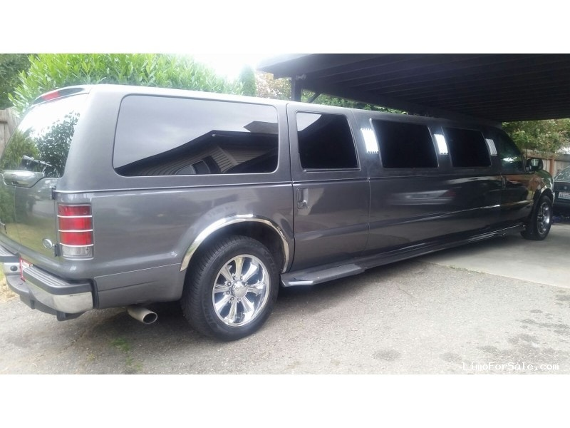 used 2002 ford excursion xlt suv stretch limo renton washington 15 000 limo for sale. Black Bedroom Furniture Sets. Home Design Ideas