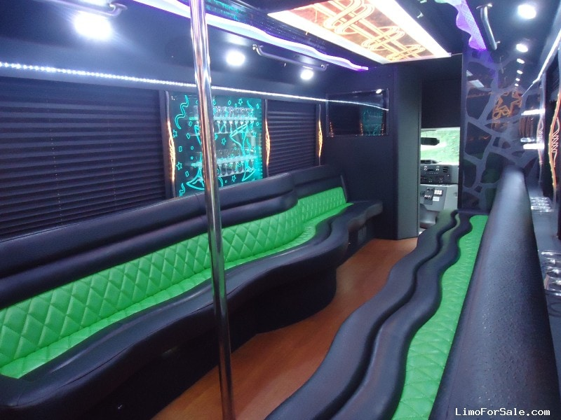 Used 2014 Ford E-450 Mini Bus Limo  - Boothwyn, Pennsylvania - $65,000