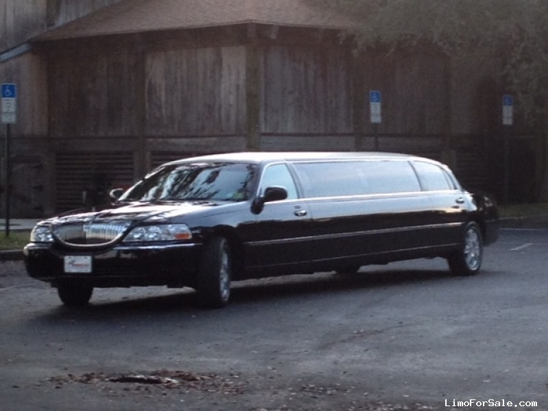 Used 2006 Lincoln Town Car Sedan Stretch Limo Executive Coach Builders - Palm Harbor, Florida - $15,595