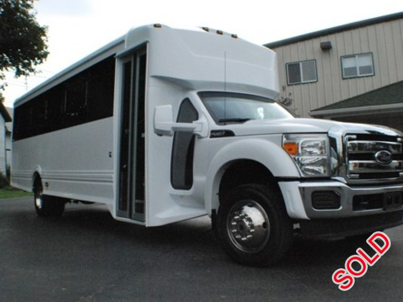 Used 2014 Ford F-550 Mini Bus Limo LGE Coachworks - AMITYVILLE, New York    - $73,000