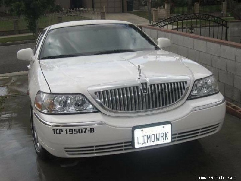 Used 2005 Lincoln Town Car Sedan Stretch Limo Krystal - Carson, California - $12,000