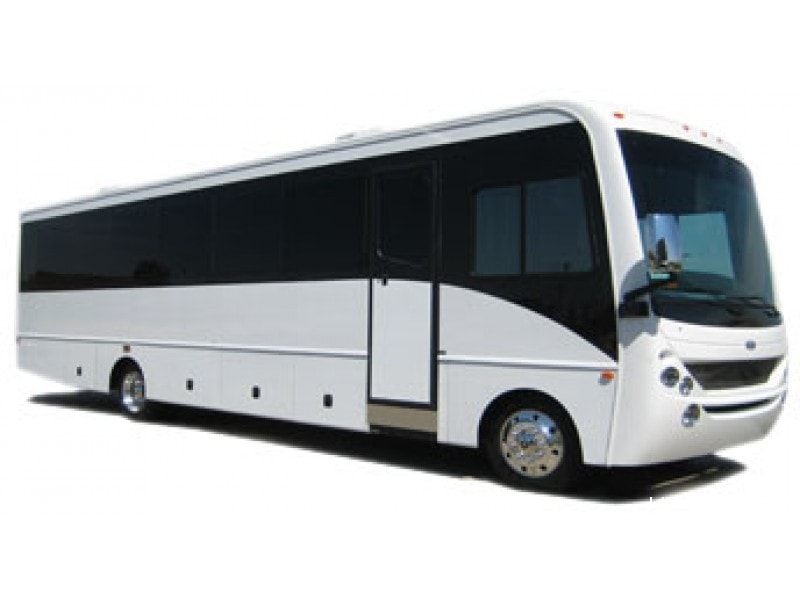 Used 2012 Workhorse Deluxe Motorcoach Limo CT Coachworks - Kansas City, Kansas - $79,000