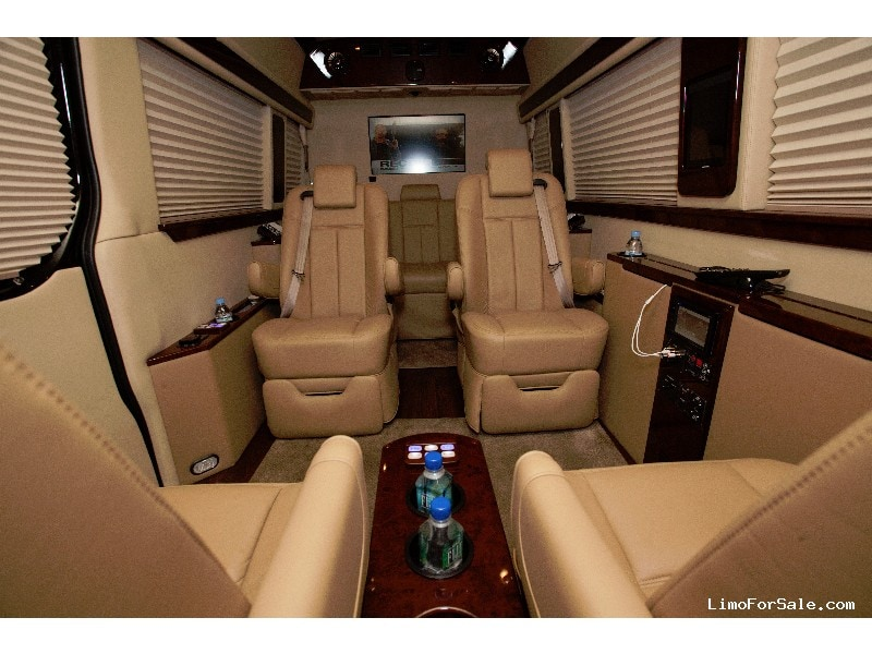 Used 2011 Mercedes-Benz Van Limo  - Long Island City, New York    - $45,000