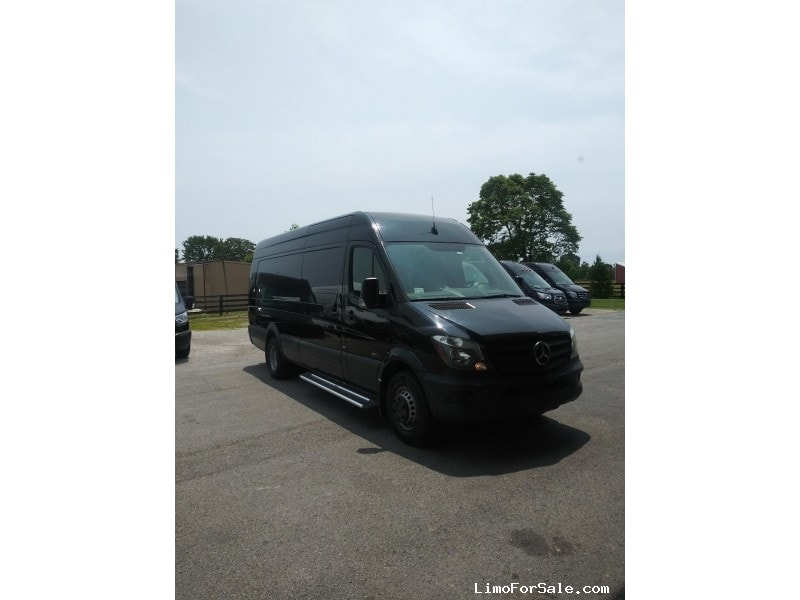 Used 2016 Mercedes-Benz Van Shuttle / Tour  - New Albany, Indiana    - $62,000