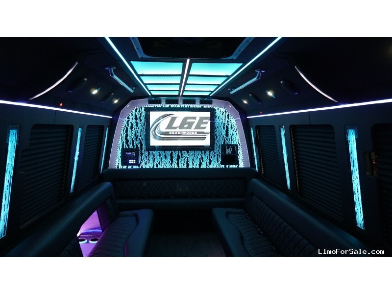 New 2019 Ford F-550 Mini Bus Limo LGE Coachworks - North East, Pennsylvania - $141,900