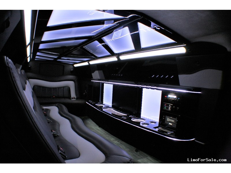 New 2019 Chrysler Sedan Limo Springfield - springfield, Missouri - $74,900