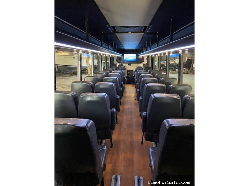 Used 2013 Freightliner Federal Coach Mini Bus Shuttle / Tour Federal - Erie, Pennsylvania - $28,900
