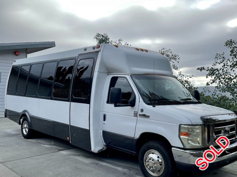 Used 2008 Ford E-450 Mini Bus Limo Federal - Valley Center, California - $25,000