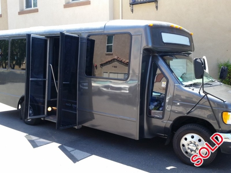 used 2002 ford e 450 mini bus limo champion san diego california 14 000 limo for sale. Black Bedroom Furniture Sets. Home Design Ideas