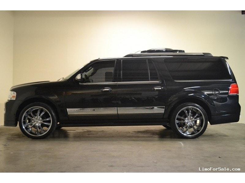 used 2010 lincoln navigator l suv limo lexani motorcars austin texas 77 995 limo for sale. Black Bedroom Furniture Sets. Home Design Ideas