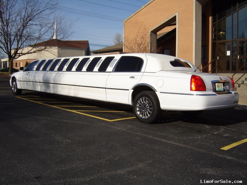 used 2003 lincoln town car sedan stretch limo craftsmen wentzville missouri 10000