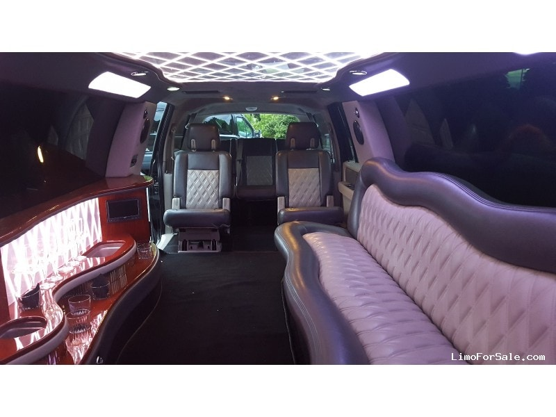 Used Ford Expedition Xlt Suv Stretch Limo Limos By Moonlight