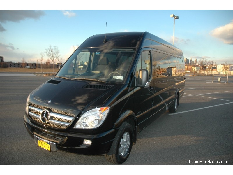 Used 2012 mercedes benz sprinter van shuttle tour for Mercedes benz of brooklyn ny