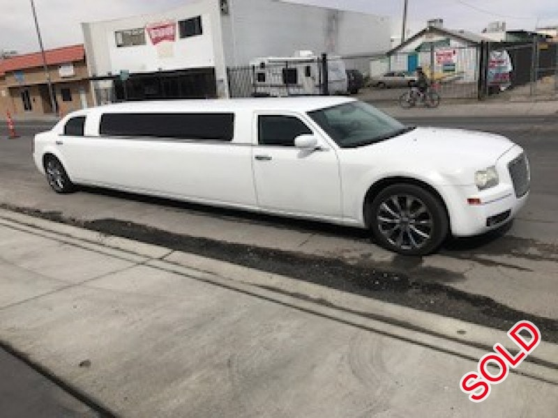 Used 2006 Chrysler 300 Sedan Stretch Limo LA Custom Coach - LAS VEGAS, Nevada - $15,000