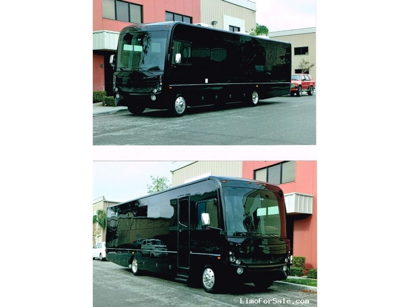 2010 country coach