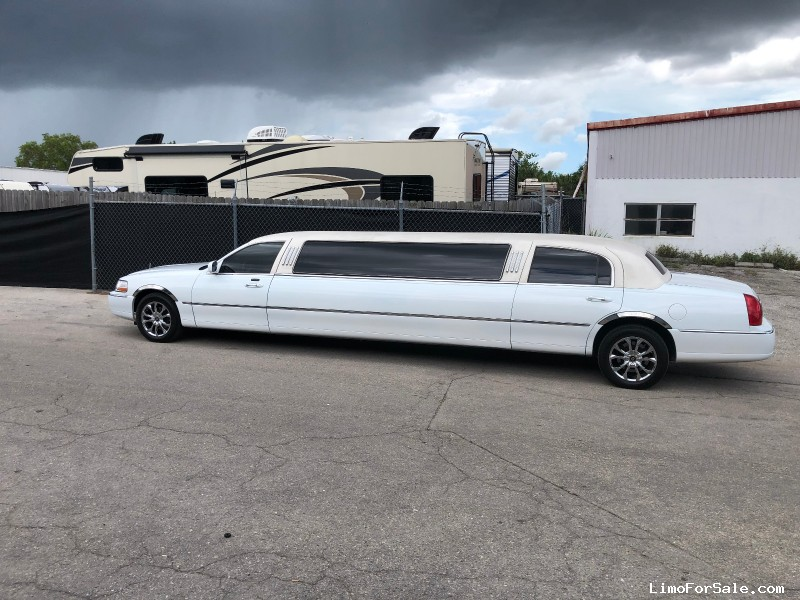 Used 2006 Lincoln Town Car Sedan Stretch Limo Tiffany Coachworks - Fort Myers, Florida - $12,950