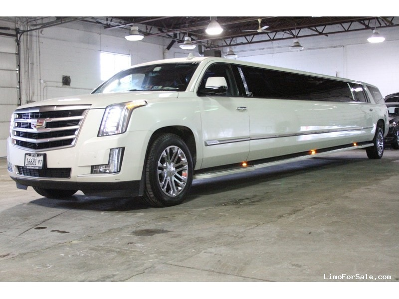 Used 2015 Cadillac Escalade SUV Stretch Limo Limos by Moonlight - Des Plaines, Illinois - $80,900