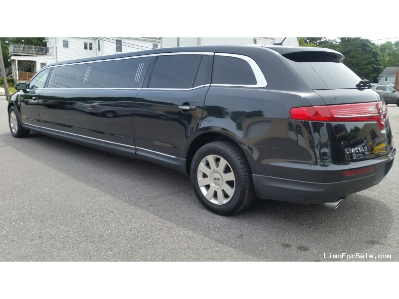Used 2014 Lincoln MKT Sedan Stretch Limo Executive Coach Builders - Kingston, Massachusetts - $43,500
