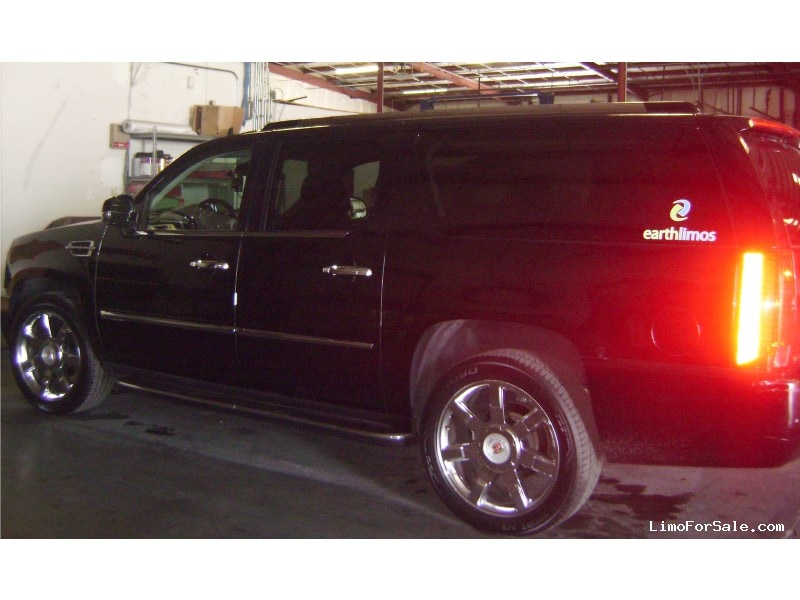 Used 2014 Cadillac Escalade SUV Limo  - Las Vegas, Nevada - $23,000