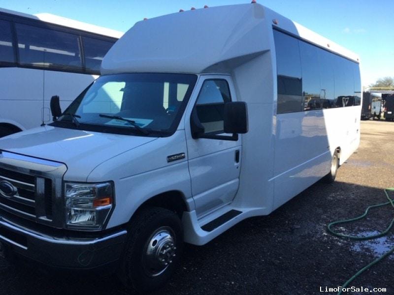 Used 2014 Ford Mini Bus Shuttle / Tour  - orlando, Florida - $27,000