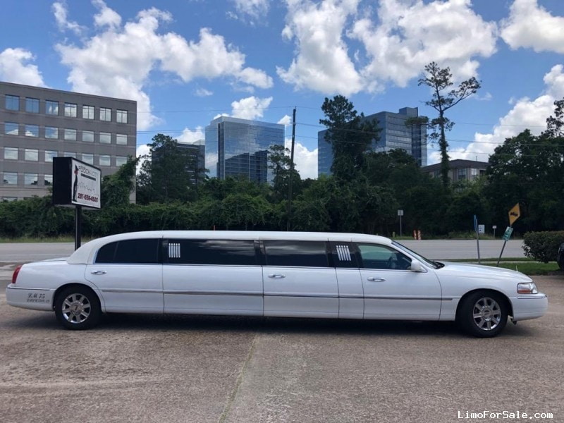 Used 2011 Lincoln Sedan Stretch Limo Krystal - Houston, Texas - $7,950