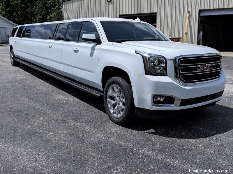 New 2019 GMC SUV Stretch Limo Springfield - springfield, Missouri - $116,000