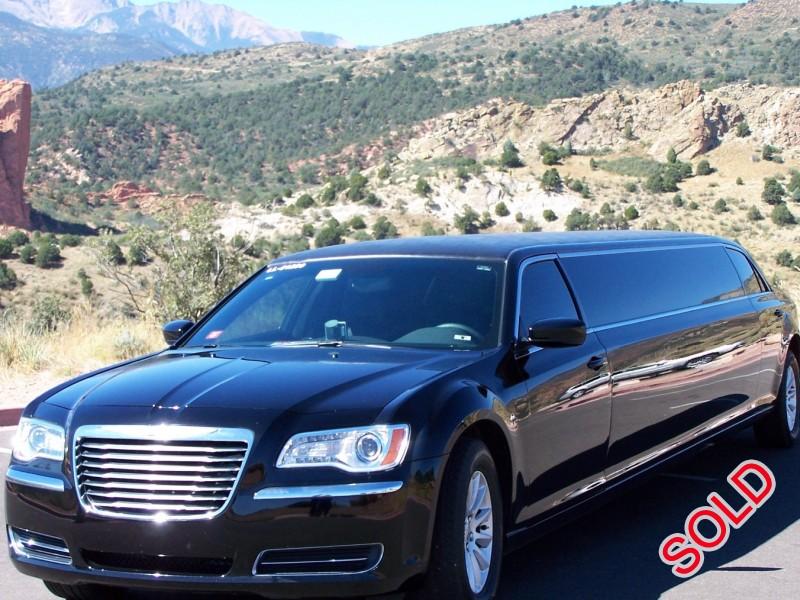 Used 2014 Chrysler 300 Sedan Stretch Limo Limos by Moonlight - Colorado Springs, Colorado - $27,775