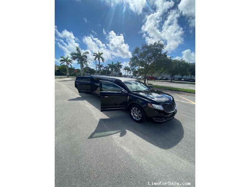 Used 2013 Lincoln MKT Sedan Stretch Limo Royale - Boca Raton, Florida - $27,500