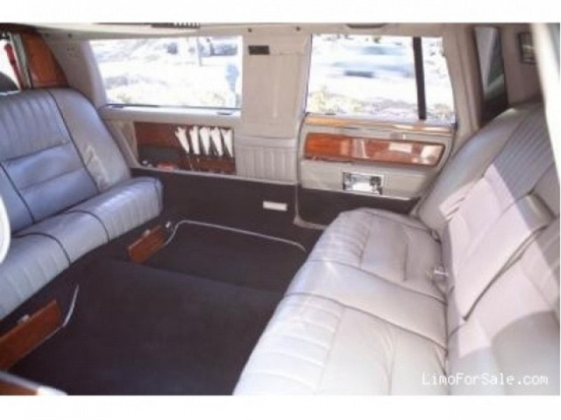 used 1989 lincoln town car l antique classic limo fairfield new jersey 21 500 limo for sale. Black Bedroom Furniture Sets. Home Design Ideas