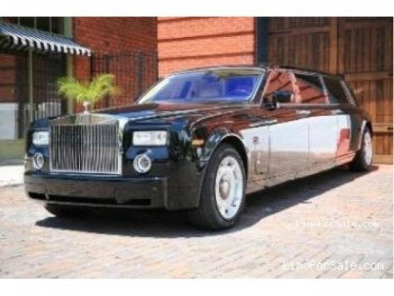 used 2004 rolls royce phantom sedan stretch limo 395 000 limo for sale. Black Bedroom Furniture Sets. Home Design Ideas