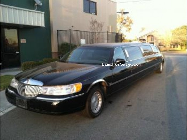 used 2000 lincoln town car sedan stretch limo fontana california 12 900 limo for sale. Black Bedroom Furniture Sets. Home Design Ideas