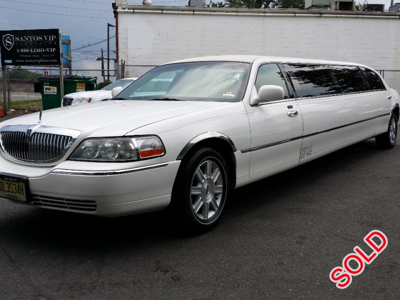 used 2007 lincoln town car sedan stretch limo executive coach builders avenel new jersey. Black Bedroom Furniture Sets. Home Design Ideas
