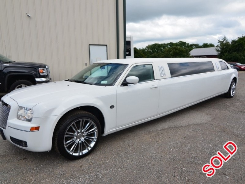 used 2005 chrysler 300 sedan stretch limo galaxy coachworks north east pennsylvania 23 900. Black Bedroom Furniture Sets. Home Design Ideas